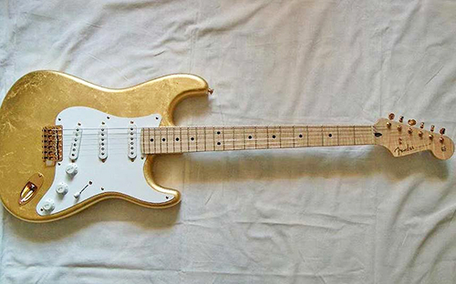 9- Eric Clapton'ın Gold Leaf Stratocaster